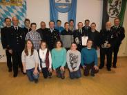 Peterswörth: Zehn junge Feuerwehrleute auf einen Streich
