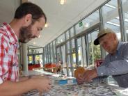 Philatelisten in Wertingen: Gehen bald die Marken-Sammler aus?
