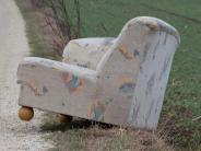 Polizeireport: Sofa auf Feldweg abgestellt