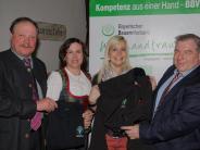 Versammlung: Annett Jung führt den Drei-Punkte-Spicker ein