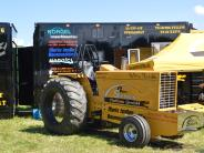 Bildergalerie: Hunderte kamen zum Tractor Pulling nach Holzheim
