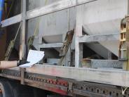 Lutzingen: Fahrzeugteile vom Laster gestohlen