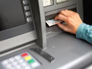 Polizeireport: Betrug am Geldautomaten: Diebe geschnappt