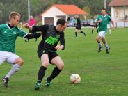Untere Fußball-Ligen: Rüstiger Fünfzger