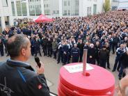 Wirtschaft: Airbus: Angst um Arbeitsplätze
