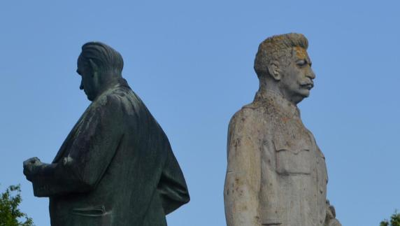 Denkmäler von Lenin und Stalin stehen weiter zum Verkauf
