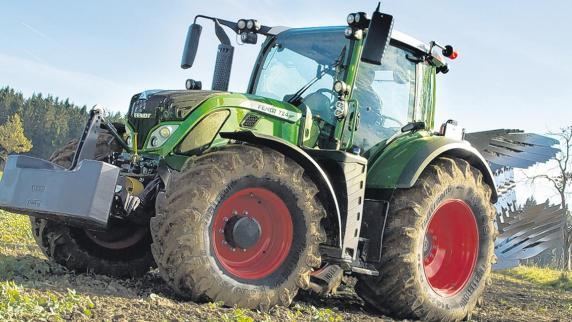 Große traktoren