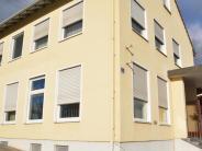 Holzheim: Asyl:Früheres Bankgebäude soll Turnhalle als Unterkunft ablösen