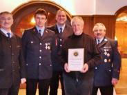 Vereinsleben II: Seit 50 Jahren bei der Feuerwehr