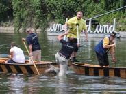 Tradition: Donauwörther gewinnen Fischerstechen in Neuburg