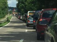 Rain/Marxheim: Lechbrückegesperrt: großer Stau auf Ausweichstrecke
