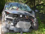 Donauwörth: 83-Jähriger kracht mit Auto Böschung hinunter