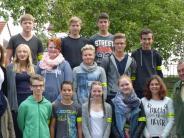 Ehrenamt in der Schule: Sie sorgen für Ruhe und Ordnung im Schulbus