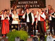 Konzert: Glänzend aufgelegte Jubiläums-Musikanten