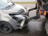 Tapfheim-Erlingshofen: Senior baut auf B16 zwei Unfälle in wenigen Minuten
