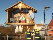 Donauwörth: Floßkrippe schwimmt auf der Wörnitz