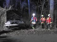 Gosheim: 18-Jähriger fährt betrunken Auto und baut einen schweren Unfall