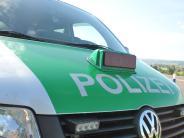 Oberottmarshausen: Mann überschlägt sich auf B17 mehrfach mit seinem Auto
