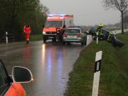 Bäumenheim-Hamlar: Auto prallt gegen Brückengeländer: Fahrer (19) wird schwer verletzt