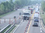Verkehr: Auf der B2bei Mertingen ist es eng geworden