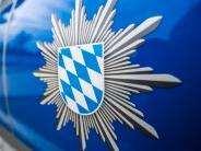Genderkingen: Fahrschule auf B16 in Unfall verwickelt: drei Verletzte