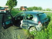 Mertingen/Nordendorf: Reifen platzt: Auto überschlägt sich