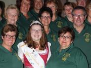 Natur: Rosenkönigin besucht ihren Heimatverein