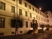 Kaisheim: Drogen für Häftlinge in Kaisheim unter einer Briefmarke versteckt