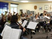 Operette: Eine Blaskapelle auf dem Weg zur Operette