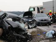 Oberhausen/Rain: B16: Wieder kracht Auto gegen Rübenlaster