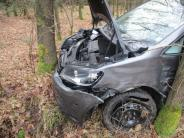 Fünfstetten: 15000 Euro Schaden nach Kollision von zwei Pkw