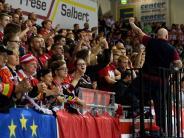 DEL-Underdog: Bremerhaven stemmt sich erfolgreich gegen Spitzenteams