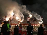 FC Augsburg: Ein Feuerwerk gibt es nur im Gästeblock
