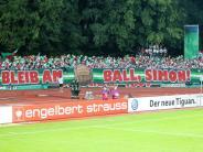 FC Augsburg: Verunglückter FCA-Fan: Simon bleibt am Ball
