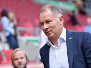FC Augsburg: Jubilar Stefan Reuter bedankt sich bei der Mannschaft