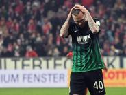 FC Augsburg: Tim Rieder hat keinen Grund, den Kopf hängen zu lassen