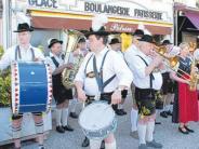 Meringer unterwegs: Bayerisches Brauchtum in Frankreich