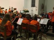 Premiere: Orchester und Chor machen gemeinsame Sache