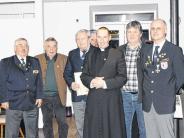 Versammlung: Viele Spenden für die Kriegsgräber