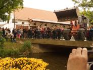 : Merchings Badeenten schwimmen wieder um die Wette