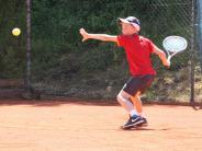 Tennis: Die Jugend startet mit Sonnenschein