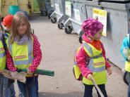 Erziehung in Mering: Kleine Mülldetektive sind unterwegs