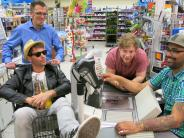 Friedberg: Band rockt vor dem Schokoregal