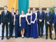 Abiturfeier in Friedberg: Rekordverdächtiger Jahrgang verabschiedet sich