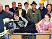 Theater in Merching: Krumme Touren auf der Pfarrbühne