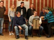 Premiere in Eurasburg: Knödel sorgen für Theater