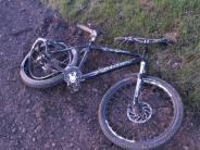 Derching: 44-jähriger Radfahrer stirbt bei Unfall