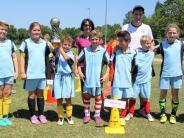 Schulsport: Merching spielt die anderen aus