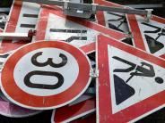 Diebstahl bei Harthausen: Unbekannte klauen Verkehrsschilder