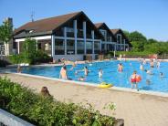 Freizeit: Freibad Dasing verabschiedet sich in die Winterpause